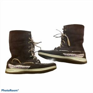Sperry high top suede boots